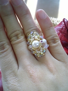 この指輪見てみ〜な♪